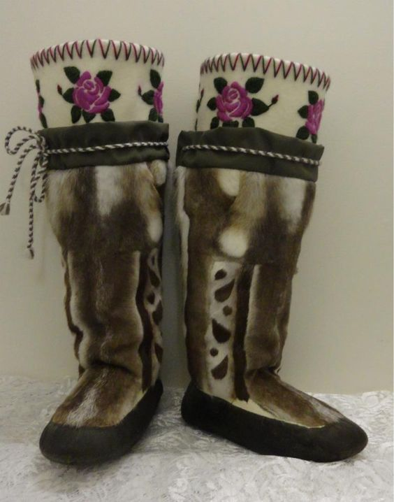 Kamiks made by Igah Hainnu. Photo by Rebecca Hainnu.